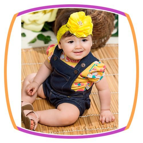 Body Manga Curta Balone em cotton estampa floral amarela e salopete em cotton jeans
