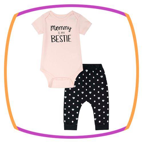 Conjunto para bebê com body em suedine (MOMMU IS MY BESTIE) e legging em cotton poá e estampa no bumbum