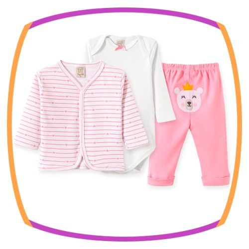 Conjunto para bebe Body e calça em suedine com bordado na cor rosa e casaco estampa CORAÇÃO