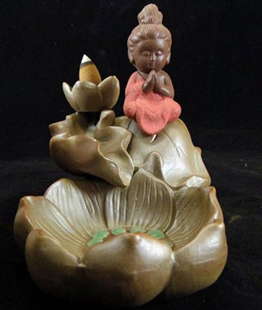 Incensário Monge Meditando (13cm) + 5 Incensos Cones