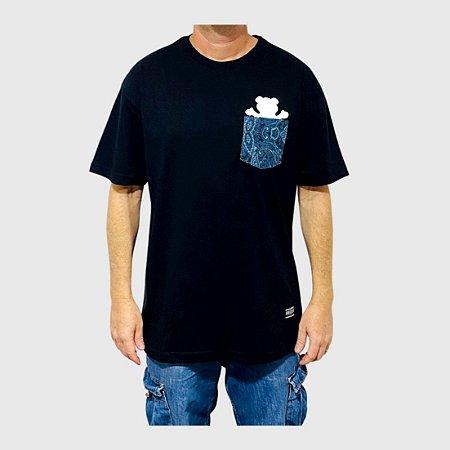 Camiseta Grizzly Paisley Og Bear Pocket Preto