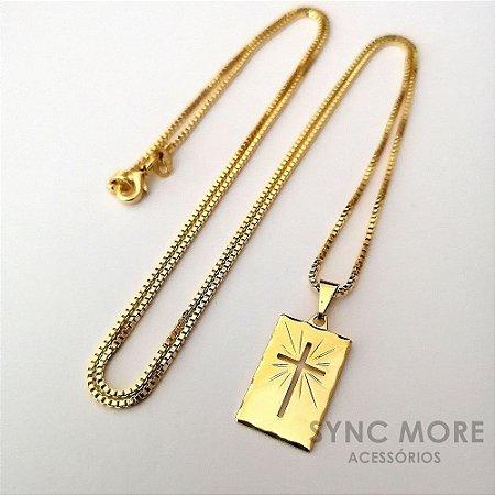 Corrente Cartier 70cm 2,5mm Banhada a Ouro 18K + Pingente Placa Cruz Vazada