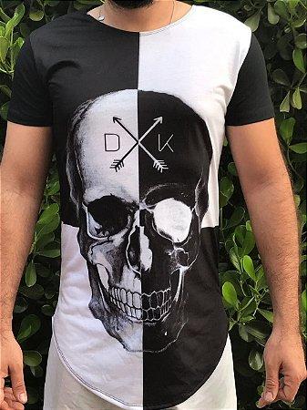 Camiseta DUKBIDE Caveira Xadrez