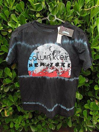 Camiseta Masculina Calvin Klein New York Lua