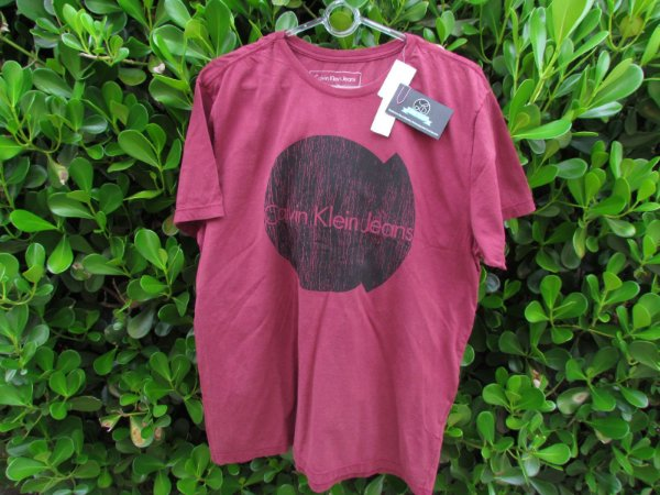 Camiseta Calvin Klein Vinho Masculina