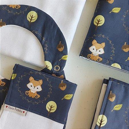Kit Raposinhas com 5 peças (babador, paninho, manta, fralda de ombro e toalha fralda)