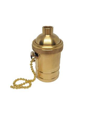 Soquete Retro com acabamento em latão com corrente na cor dourado /E27