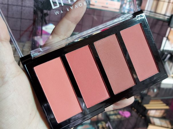 My Favorite Blush - Luisance (B)