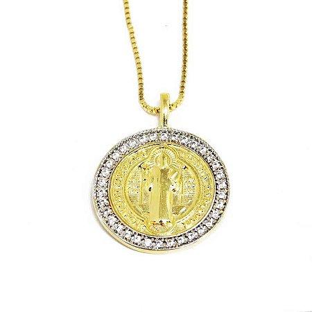 Colar com Medalha de São Bento Folheado em Ouro 18k
