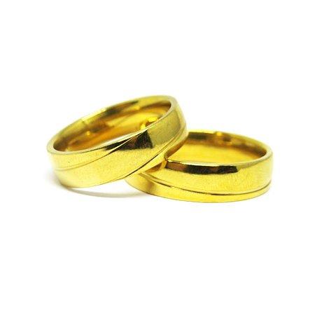 Aliança detalhada folheada em ouro 18k