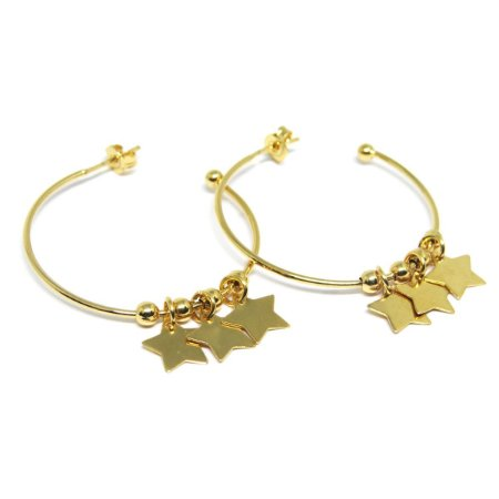 Argola com pingente de estrela folheada em ouro 18k