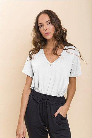 T-Shirt Básica Branca Lila