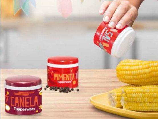 Tupperware Saleiro + Pimenteiro + Porta Canela em Pó Mesa