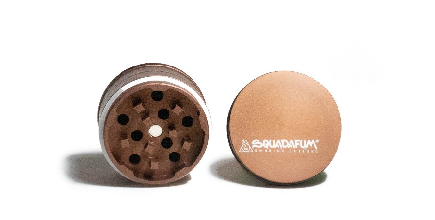 Dichavador - Squadafum - 4 partes (51mm) - High Grinder - Marrom