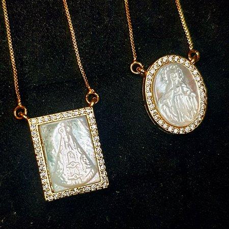 Colar Escapulário Madre Pérola x Cravejada Gold
