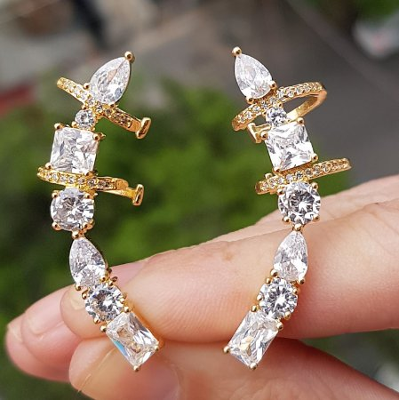 Brinco Earcuff Diamond Gold