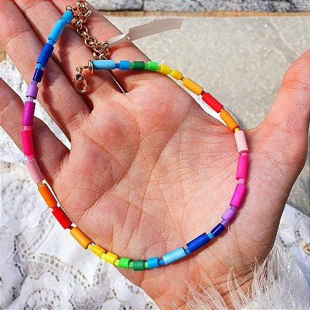 Colar Chocker Colors em resina Mikonos