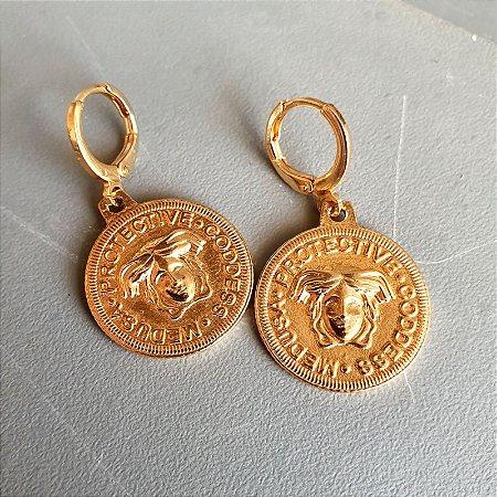 Brinco Medalha Medusa