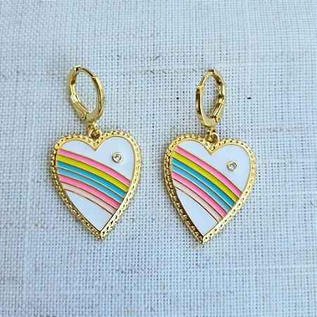Brinco Coração Esmaltado Arco Iris