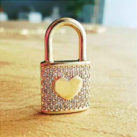 Pingente Cadeado Cravejado Coração Gold Mistic