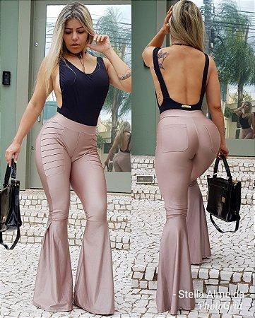 Calça nude rosê Max flare luxo total