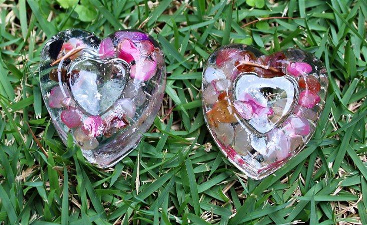 Coração Orgonite com quartzo rosa e outras pedras rosas- Par