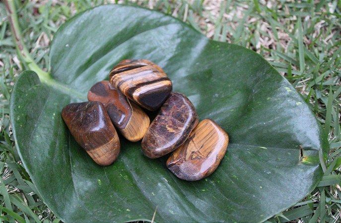 Pedra Olho de Tigre Rolada Unitária 3 a 4 cm