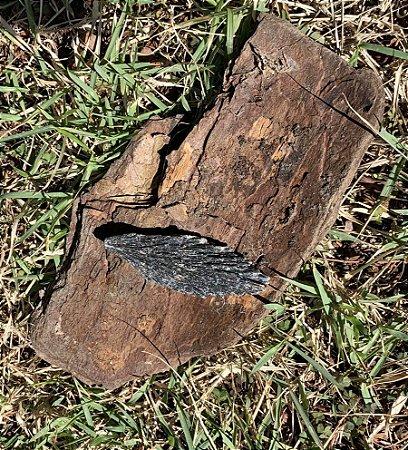 Cianita Negra - Vassoura de Bruxa Unitária 7 cm.