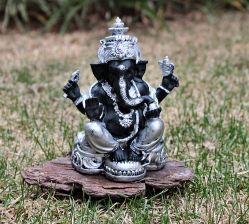 Ganesha Preto com Prata Pequeno (Produto Indiano )