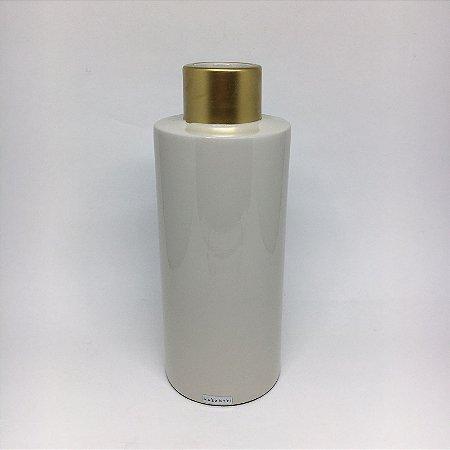 Vaso de cerâmica com detalhe dourado -M