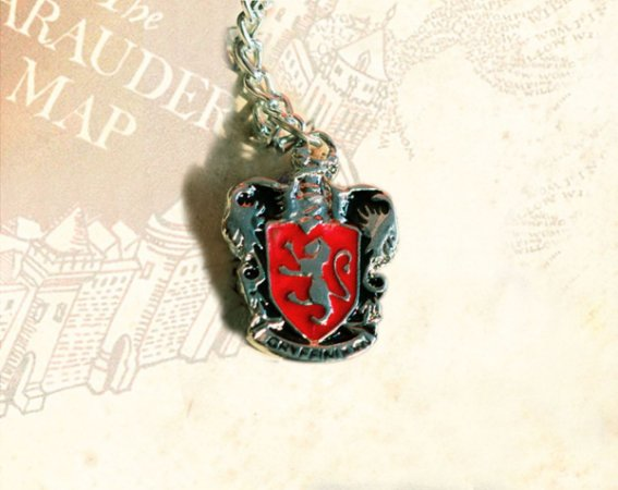 Escudo Grifinória Colar - Harry Potter (P)