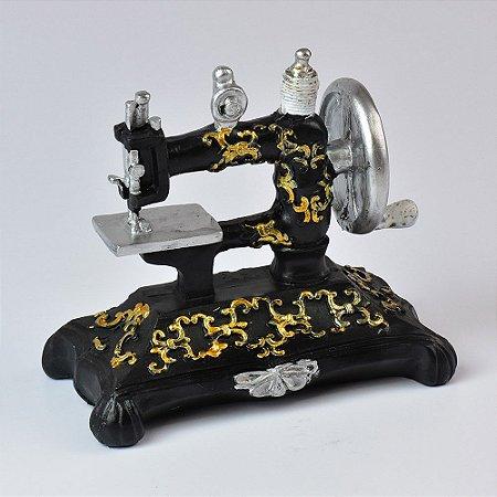 Miniatura Máquina de Costura Retro em Resina