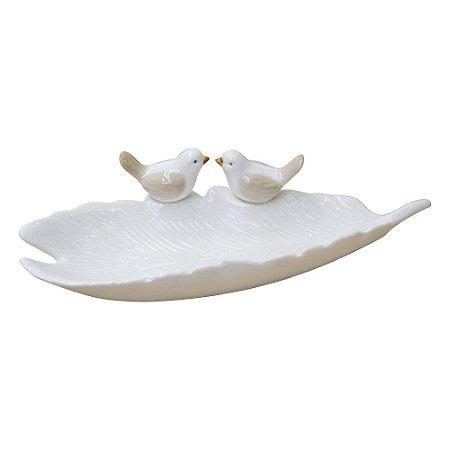 Folha com Pássaro Branco em Cerâmica