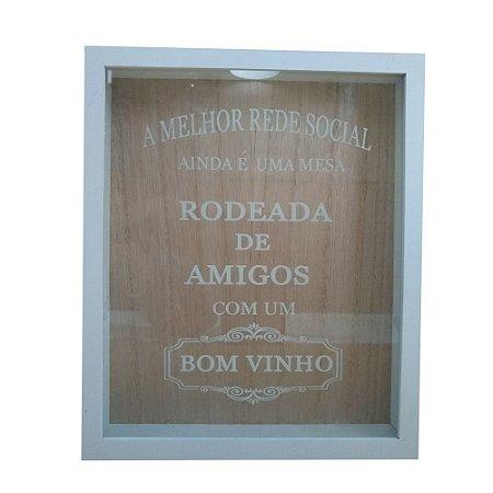 Quadro Porta Rolhas 35x25x4cm - Rodeada de amigos Cor Branco 05