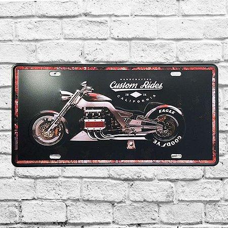 Placa De Carro Decorativa Moto Custon Em Metal Alto Relevo