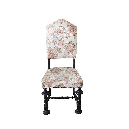 Cadeira sem braço - R$ 300,00