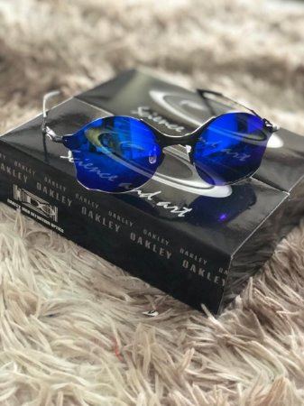 d5b3f2766 Óculos Oakley Tailend Lente Azul Escuro Armação Preta Frete Grátis ...