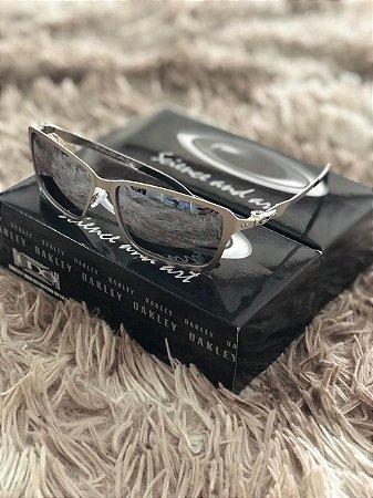 5f010b98c Óculos Oakley Tincan Lente Prata Armação Prata Frete Grátis - Outlet ...