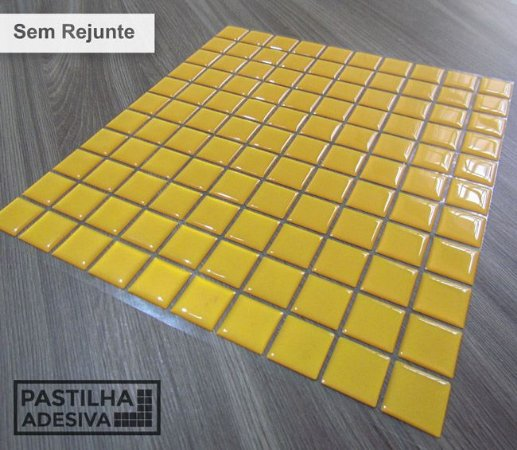 Placa Pastilha Adesiva Resinada 30x27 cm - AT040