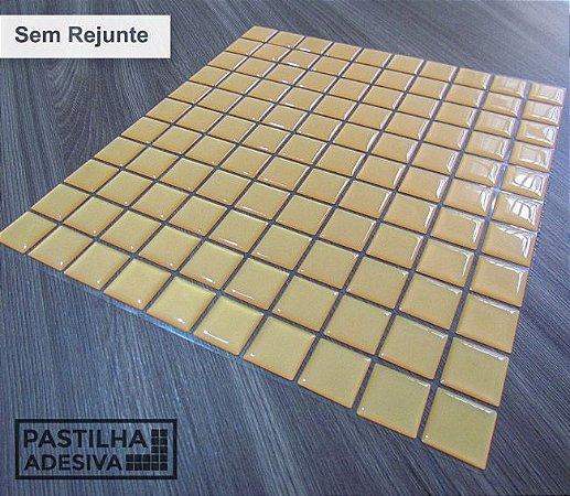 Placa Pastilha Adesiva Resinada 30x27 cm - AT041 - Amarelo