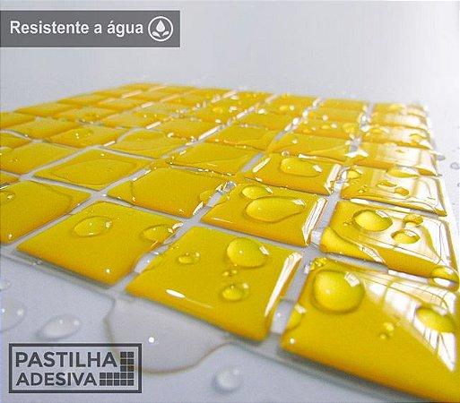 Placa Pastilha Adesiva Resinada 18x18 cm - AT074 - Amarelo