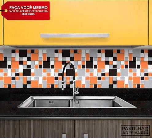 Placa Mosaico Adesiva Resinada 30x28,5 cm - AT136