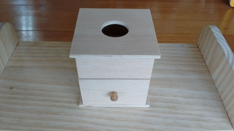 Caixa de Permanência com Gaveta