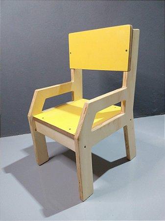 Conjunto Cria - Mesa Infantil + 2 Cadeiras (1 a 3 anos)