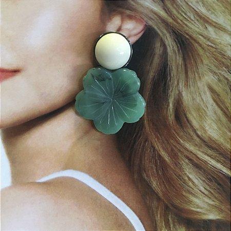 Brinco Flor Verde com Ponto Branco