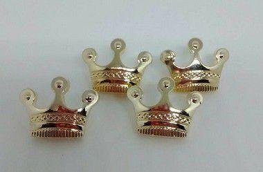 Botões de Coroa Dourada