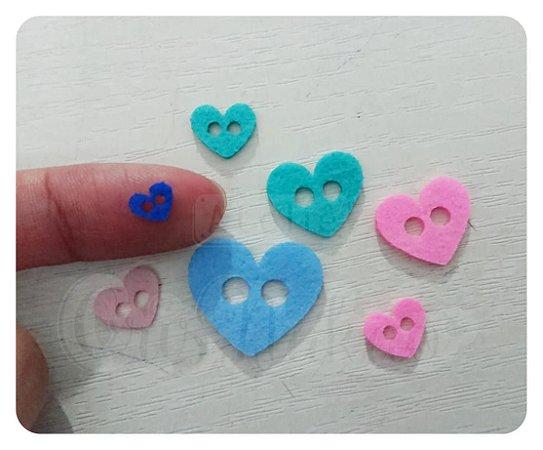 Botões de Coração Recortes em Feltro 1cm - 50un