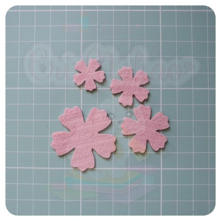 Recortes em Feltro - Flores Modelo 3  - 2,5 cm - 30 unidades