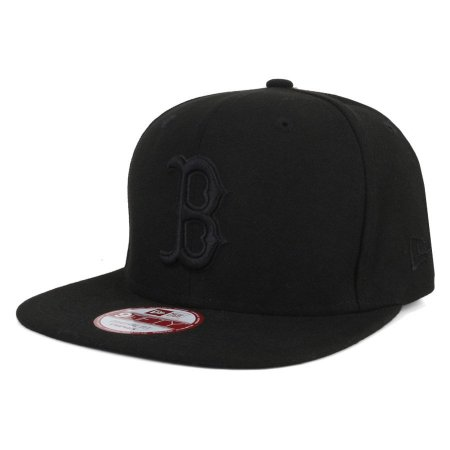 Boné Boston Red Sox Strapback black on black MLB - New Era