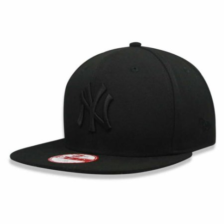 Boné New York Yankees Strapback Black on Black MLB - New Era